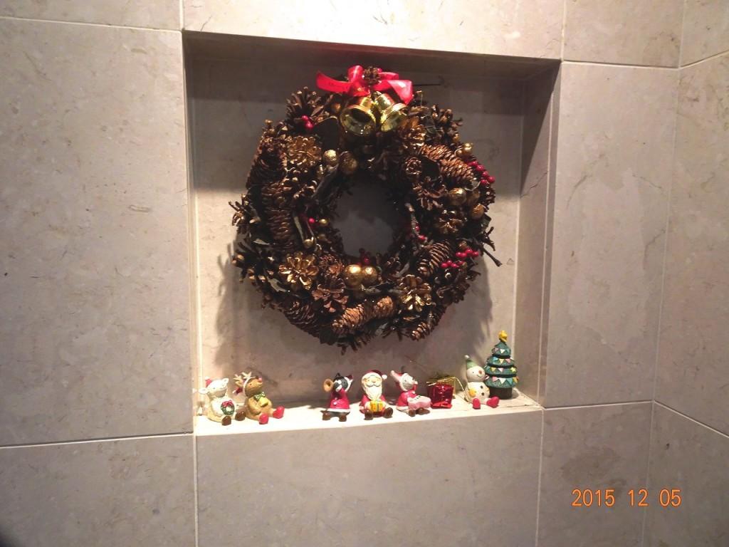 フォンテーヌ駒沢 エントランスリース クリスマス飾り